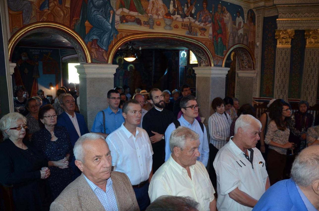 Invitați speciali și mărturisiri emoționante, la Simpozionul dedicat părintelui Florea Mureșanu de la Cluj-Napoca